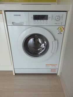 wasmachine in kast